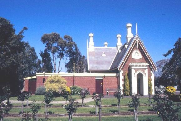 eastern cemetery gatehouse ormond road geelong garden she project 2003