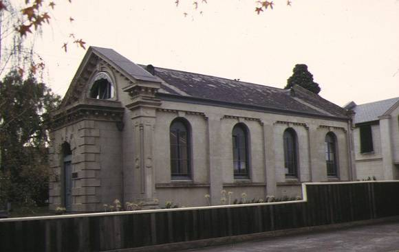 h01103 former synagogue yarra street geelong side view