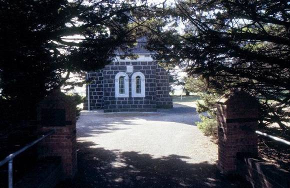 h01903 st davids lutheran church and cemetery anglesea rd freshwater creek front view she project 2003