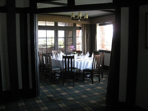 Barwon_Heads_Golf_Club_June_2010 dining alcove.jpg