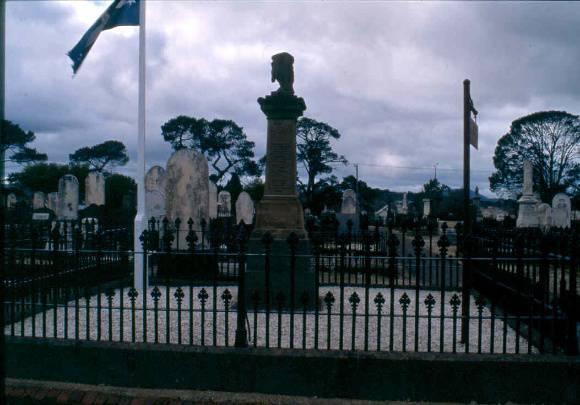 Diggers Memorial September 2004