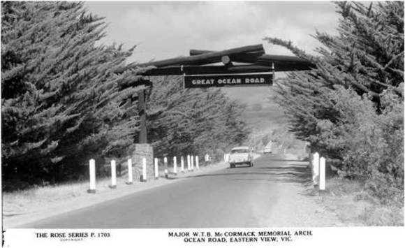 14228_Great_Ocean_Road_Memorial Arch c 1950.jpg