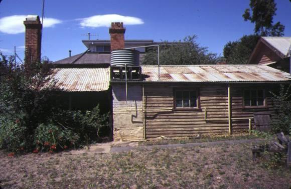 residence 6 gisborne rd bacchus marsh outbuildings jan1981
