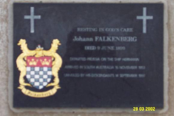 23292 Cemetery Byaduk Falkenburg 0657