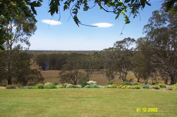 23222 Yat Nat Homestead Balmoral view 2181