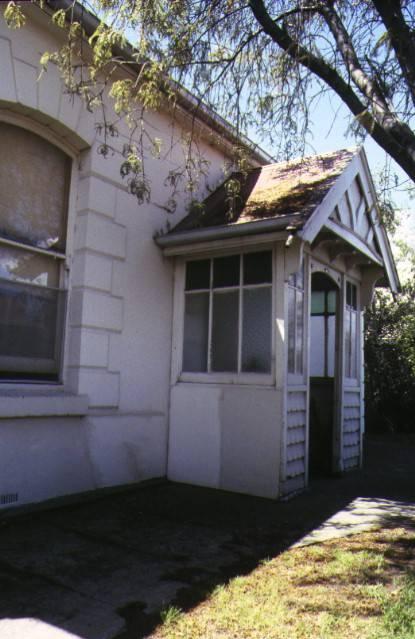 former shearers arms hotel aberdeen street geelong street front entrance