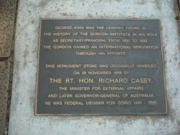 Johnstone Park   King George Memorial Statue   Plaque   1