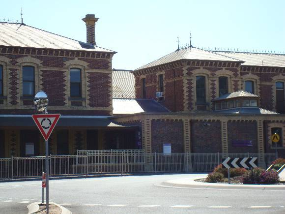 H1604 Geelong Railway Station   No 1