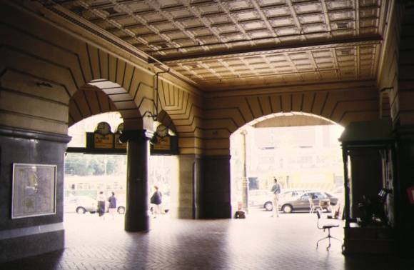 flinders street railway station complex flinders street melbourne entrance foyer