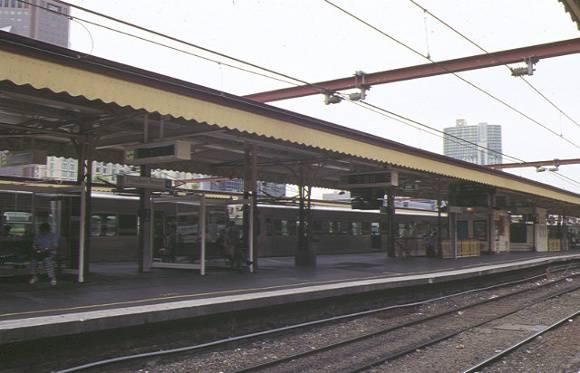 flinders street railway station complex flinders street melbourne platform view 1998