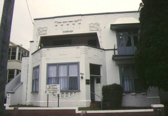 1 st leonards latrobe terrace newtown front view sep1995