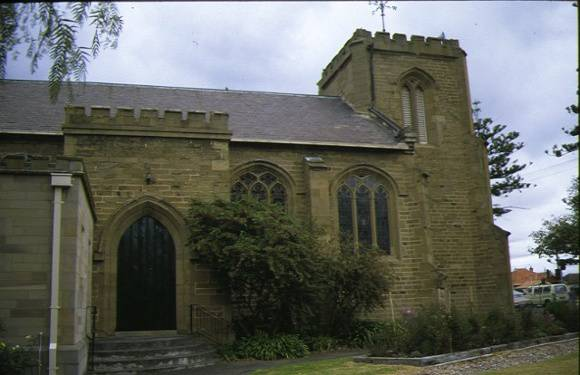 christ church mckillop street geelong church entrance side view