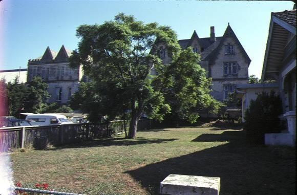 former geelong grammar school maud street geelong front and grounds