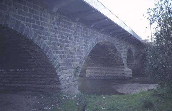 1 bridge over barwon river winchelsea arch detail jun1984