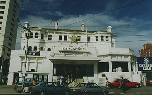 B6136 Esplanade Hotel