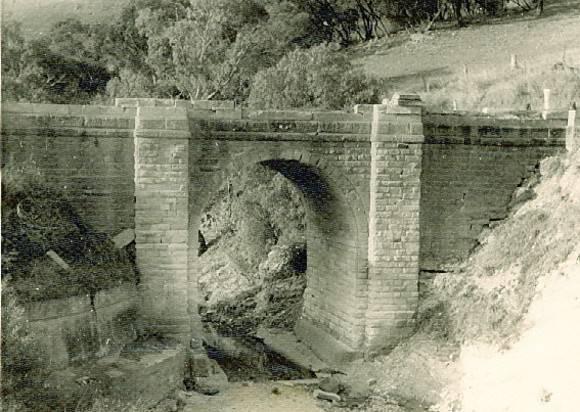 B1589 Djerriwarrh Creek Bridge