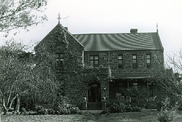 B1124 Mountside Homestead Winchelsea