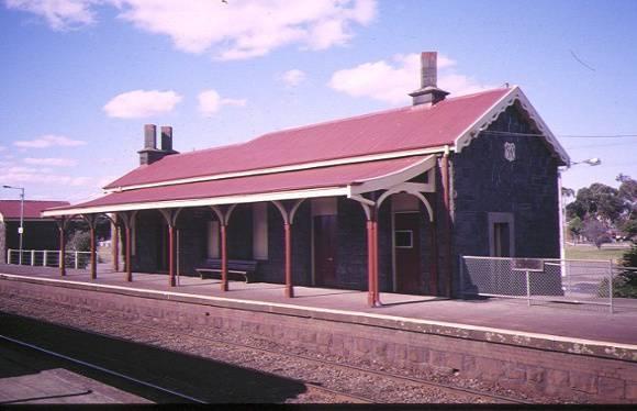1 little river railway station & goods yard school-road little river platform view aug1997