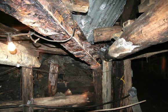 H0198 Wonthaggi State Coal Mine Eastern Precinct H198 July 2007 PM2 steel beam52