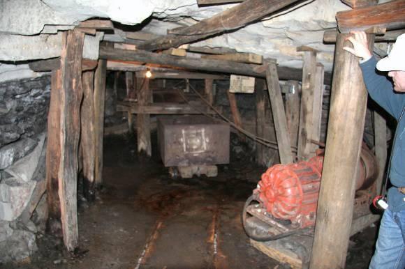 H0198 Wonthaggi State Coal Mine Eastern Precinct H198 July 2007 PM2 fork20