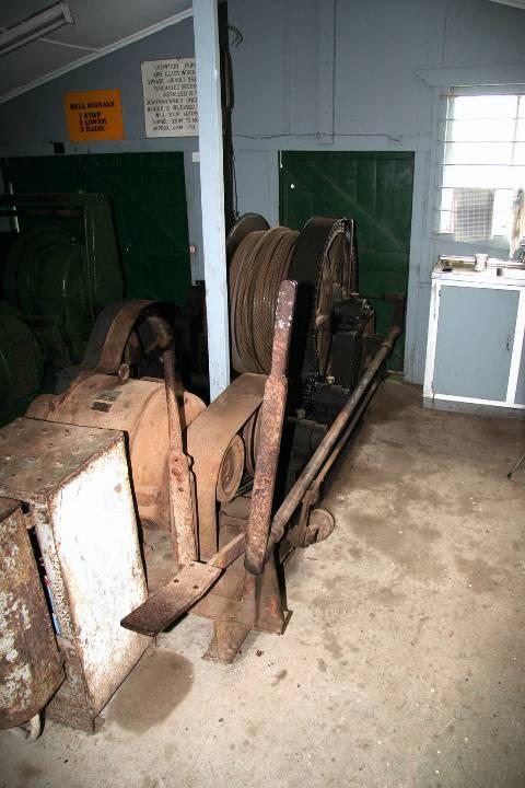 H0198 Wonthaggi State Coal Mine Eastern Precinct H198 July 2007 PM2 SCM underground winch49