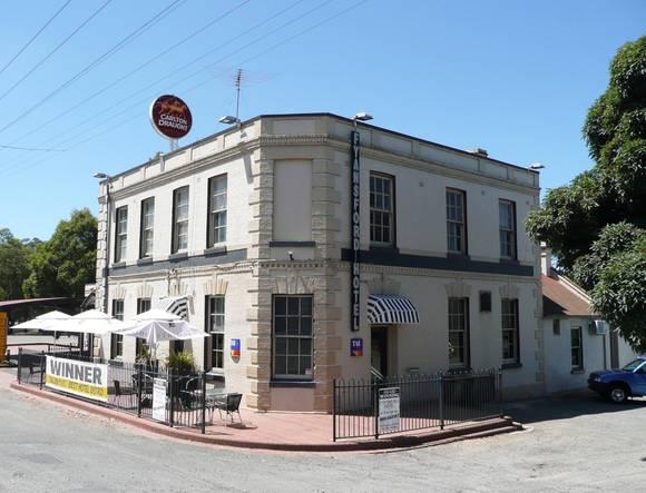 FYANSFORD HOTEL SOHE 2008
