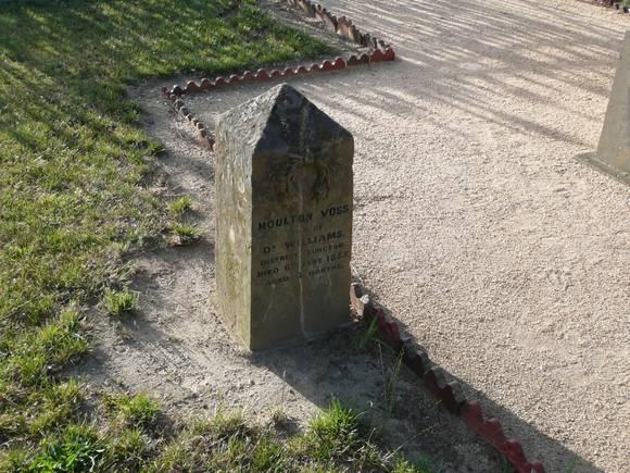 EUREKA MEMORIALS, OLD BALLARAT CEMETERY SOHE 2008