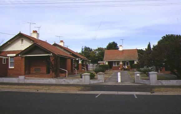 1 alexander miller memorial homes 22 park street geelong complex view apr1997