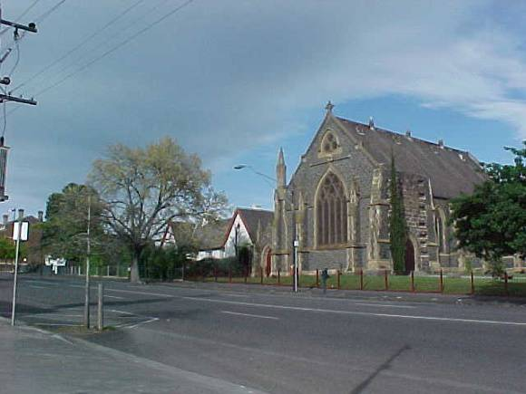 H00633 1 former st giles church and free church school geelong oct01