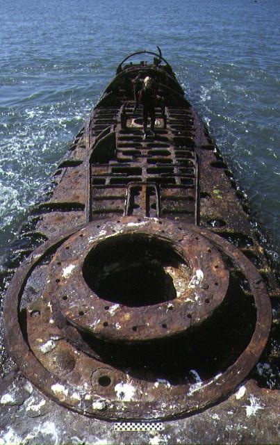S384_J7Submarine_PortPhillipBayHampton_Structure